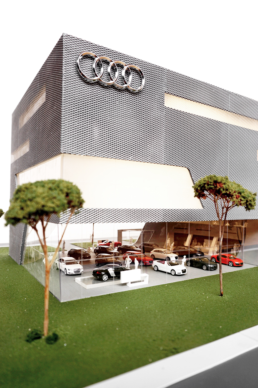 Model Terminal Park Avenue Audi - Showroom View